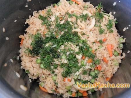 Приготовление риса с кальмарами