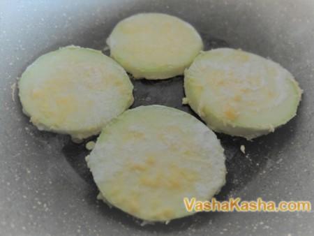 Рецепт жареных кабачков в панировке