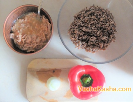 Перец фаршированный гречкой в духовке