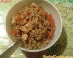 How to cook in a slow cooker pearl barley porridge with chicken