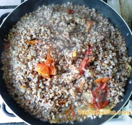 buckwheat with vegetables in a pan