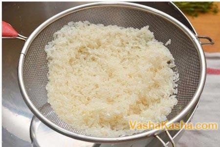 rice on sieve