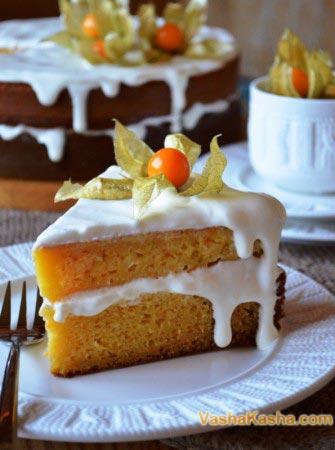кусок готового торта