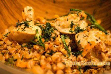 блюдо в порционных тарелках